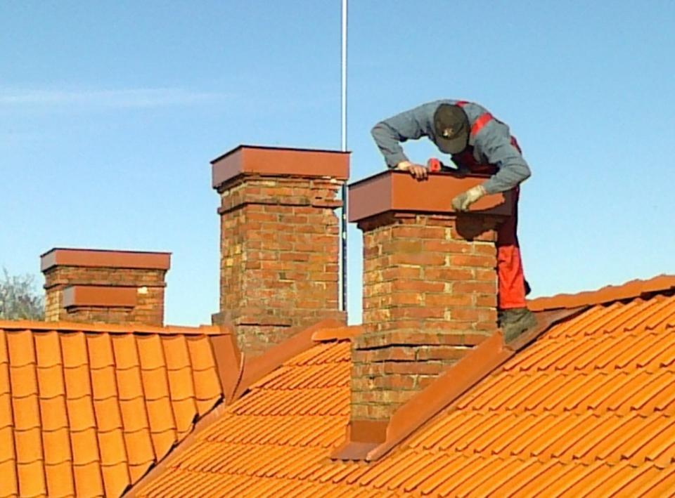 Ремонт печной трубы на крыше