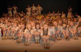 Zelta sietiņš 55 gadu jubilejas koncerts - Kas var zvaigznes saskaitīt - attēls